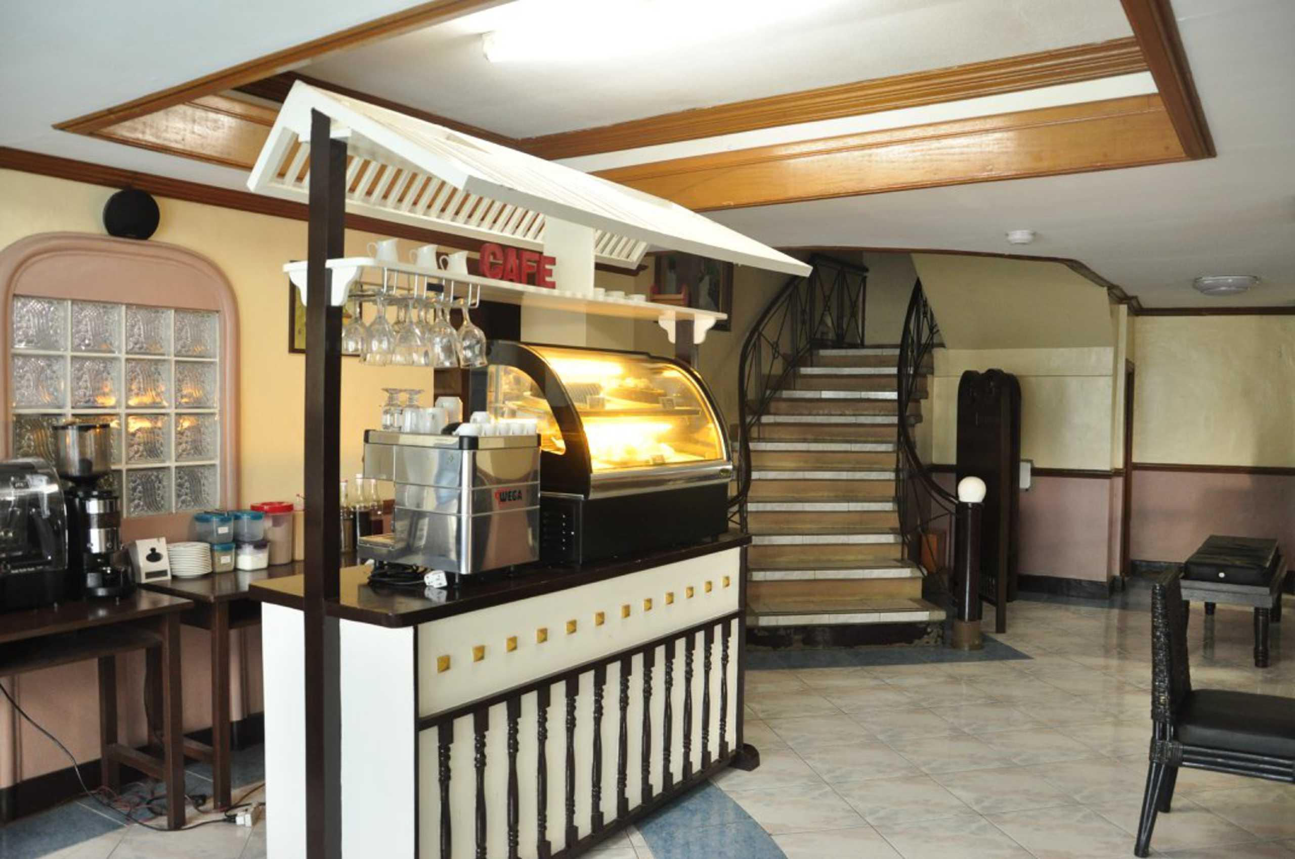 Casa Azul Dining Hall
