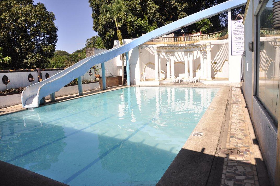 Neptune Pool 1